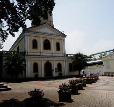 教会カルモ.jpg